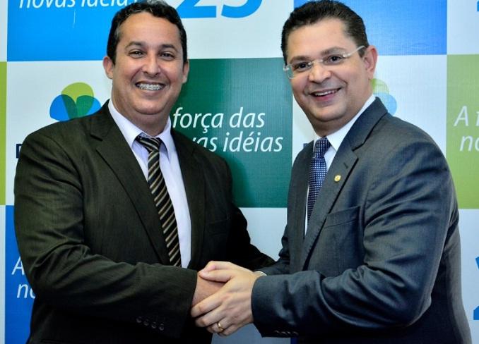 Vereador-isaias-com-Depurado-Sostenes-Cavalcante.jpg