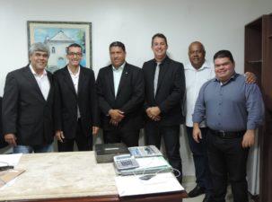 Deputado federal Dejorge Patrício visita Câmara disposto a ajudar no desenvolvimento do município