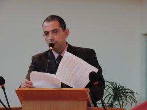 Fabiano Oliveira solicita reforço do policiamento nos bairros