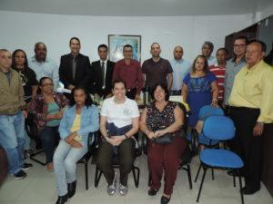 Professores e representantes de alunos do Colégio Estadual Roberto Coelho Pedroso buscam ajuda na Câmara de Vereadores