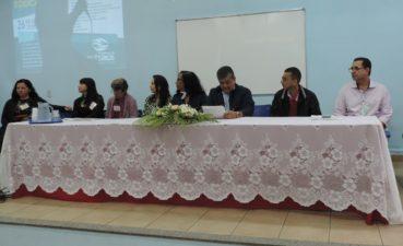 Vereadores participam do Fórum Municipal de Educação
