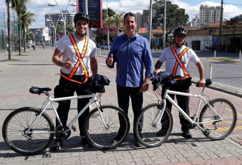 Policiamento-de-bicicleta-nas-ruas.jpg