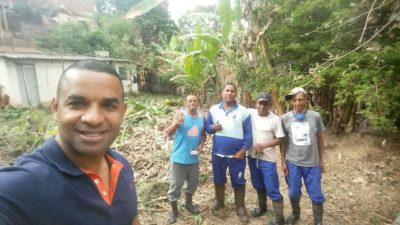 Rogério Camarinho acompanha limpeza nos Barros Franco
