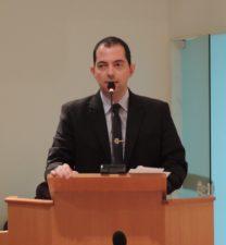 Vereador Fabiano Oliveira solicita melhorias no abastecimento de água no município