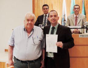 Câmara de Vereadores homenageia médico Paulo Roxo