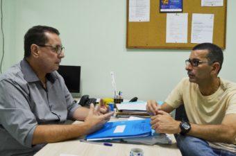 Nilcélio Sá visita Secretaria de Saúde e esclarece dúvidas