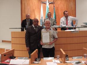 Professoras e coordenador de Transportes do município são homenageados na Câmara de Vereadores de Três Rios