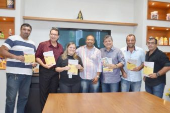 Vereador Zimar participa de combate à dengue