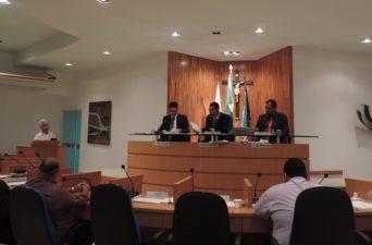 Tribuna Livre com informação e proposta de projeto terapêutico nos bairros