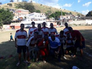 Bill acompanha torneio de futebol no Banguzinho