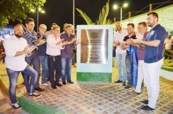 Vereadores participam da inauguração da Praça Expedicionário José Carlos