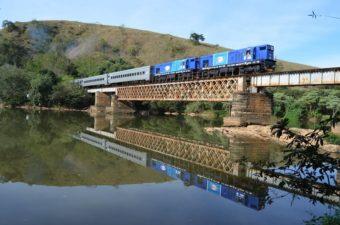 Vereadores participam da inauguração do Trem Rio-Minas