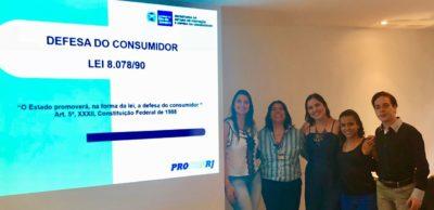 Equipe do CAC Três Rios participa de curso sobre superendividamento