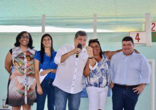 Vereador Clecinho participa de inauguração no Monte Castelo