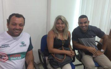 Vereadores Rogério Camarinho e Zimar tratam de combate ao aedes aegypti e cuidados com pombo em Três Rios