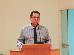Projeto de lei do vereador Luiz Alberto Barbosa aumenta prazo para taxistas padronizar a cor dos veículos