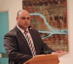 Jonas Dico solicita regularização e manutenção dos carros da Secretaria de Saúde