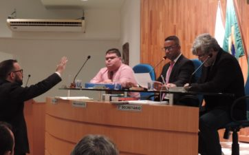 Fabiano Batista é empossado vereador na Câmara de Três Rios