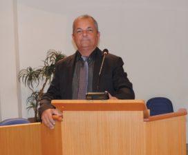 Vereador Telmo Cardoso solicita ponto de coleta de entulho e calendário de recolhimento