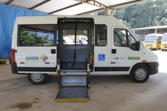 Vereador Juarez da Saúde comemora chegada de veículo para contemplar pacientes do Planeta Vida