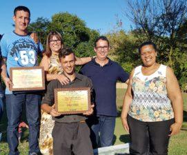 Vereador Isaías de Oliveira visita Clínica de Recuperação Missão Ajudar