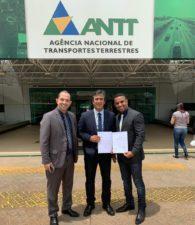 Vereadores Rogério Camarinho e Fabiano Oliveira participam de reunião com diretor da ANTT
