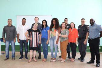 Rogério Camarinho participa de Conselho Comunitário de Segurança Escolar para debater situação nas escolas trirrienses