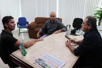 Deputado federal reúne-se com vereador Jonas Dico em Três Rios