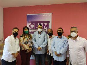 Vereadores participam de inauguração do Centro Especializado de Atendimento à Mulher
