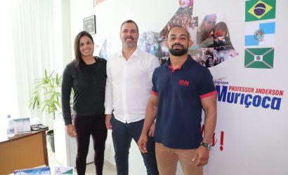 Vereador Anderson Muriçoca recebe atletas trirrienses